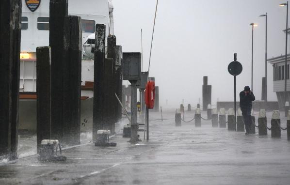 Трагедия! Ураганния вятър взе ЖЕРТВИ!