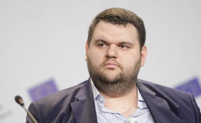 Сензационно!! Делян Пеевски отстъпи поста си на евродепутат! Вижте защо!!